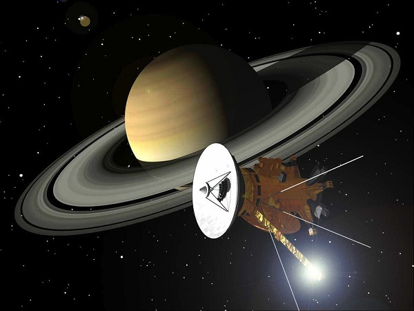 Cassini Mission Ends With Dives Through Saturn Rings