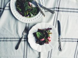 appeasing-a-food-geek-roasted-beet-salad-12