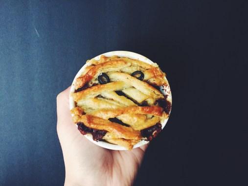 appeasing-a-food-geek-halloween-pot-pie-8