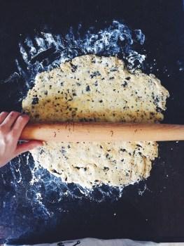 appeasing-a-food-geek-stovetop-espresso-scones-2