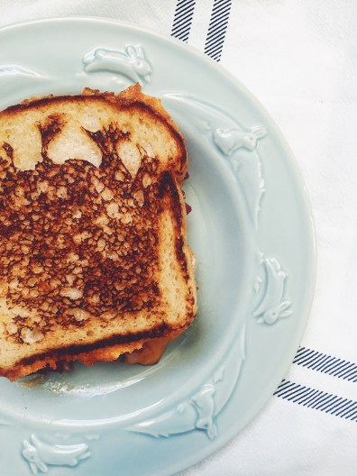 appeasing-a-food-geek-pear-grilled-cheese-5