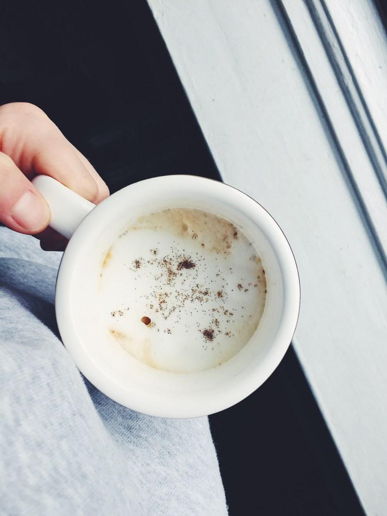 appeasing-a-food-geek-stroopwafel-honey-latte-5