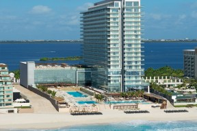 Apple Vacations' 2012 Platinum Agency Retreat