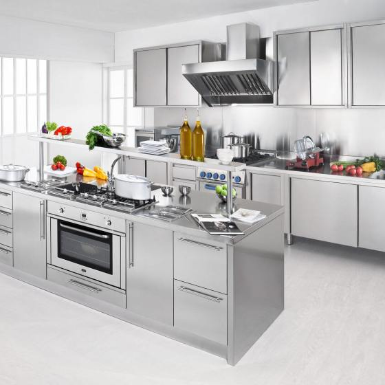 modelli arca cucine italia cucine in acciaio inox. Black Bedroom Furniture Sets. Home Design Ideas