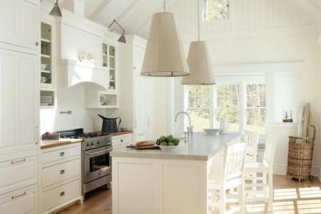 18 fantastic coastal kitchen designs for your beach house or villa 3 630x876