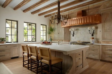 16 charming mediterranean kitchen designs that will mesmerize you 5