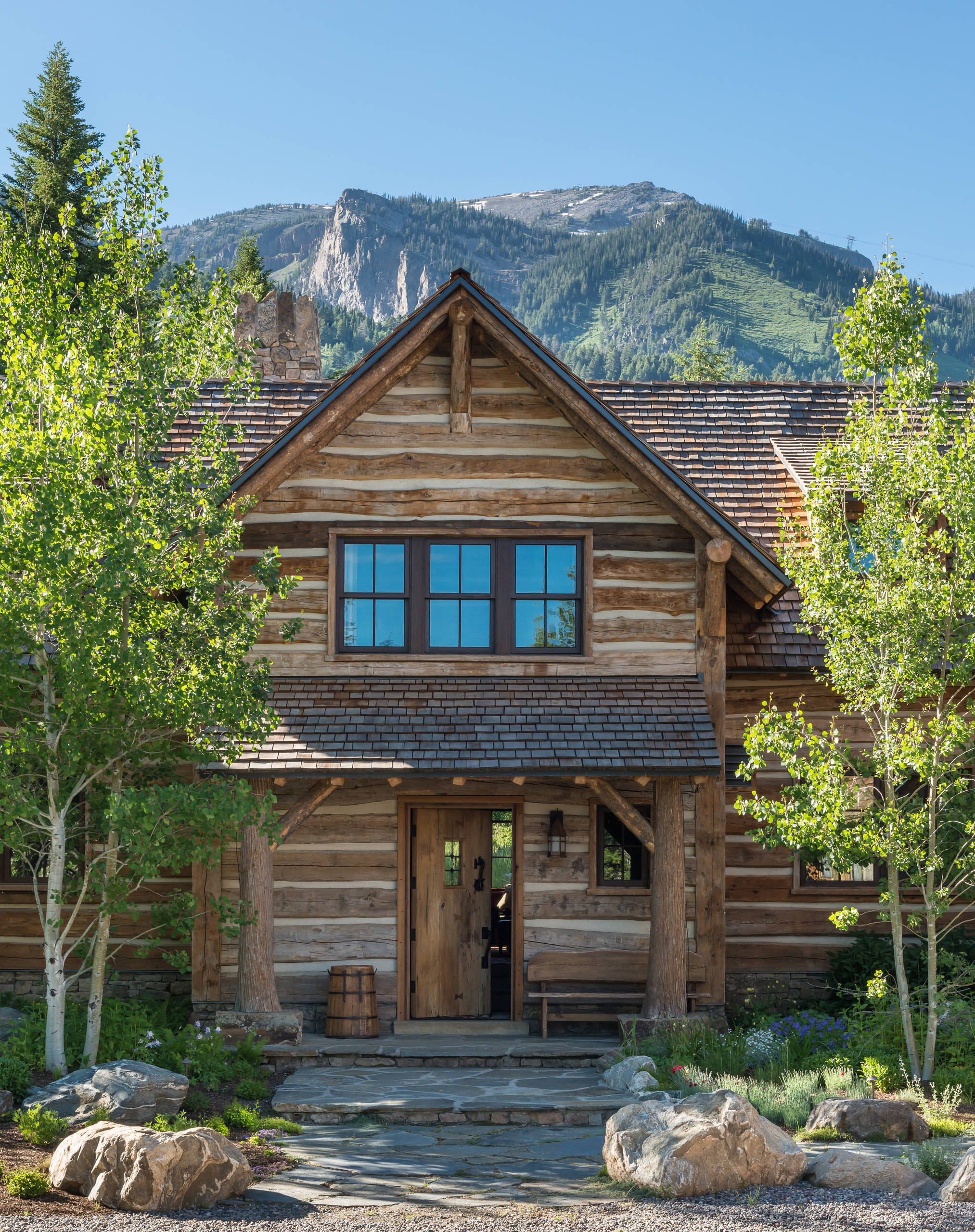 Endearing 15 Spectacular Rustic Exterior Designs That You Must See 1 Rustic Elegance Home Exterior Rustic Home Exterior Photos home decor Rustic Home Exterior