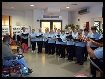 Los usuarios del Centro de Mayores de Argamasilla de Calatrava celebran los Mayos con un concierto en el que perviven las tradiciones