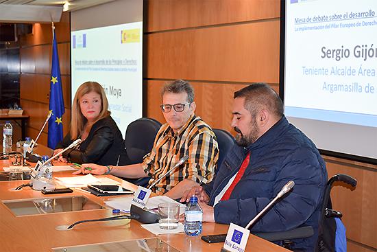 Sergio Gijón traslada la estrategia de Argamasilla de Calatrava contra la pobreza en un Seminario en la Representación de la Comisión Europea