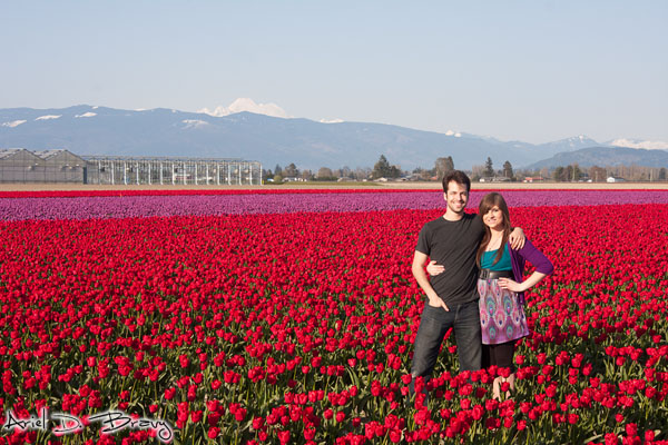 Ariel and Anna together in the tulip fields