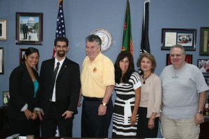 RepKingMeeting 300x200 Rep. King to Co Sponsor Armenian Genocide Resolution