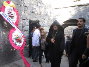 IMG 3524 300x225 Sassounian: Patriarchate's Bold Move to Sue Turkish Government