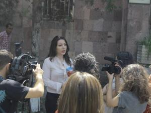 Lawyer Lusine Minasyan addresses members of the media in front of the Kotayk General Court on June 27 (Photo courtesy of the Coalition to Stop Violence Against Women)