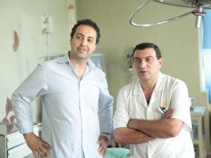 Dr. Raffy Karamanoukian (Left) and Dr. Igor Zakharyan enjoying a light-hearted moment in the operating suite