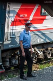 Schaffner in der Transibirischen Eisenbahn
