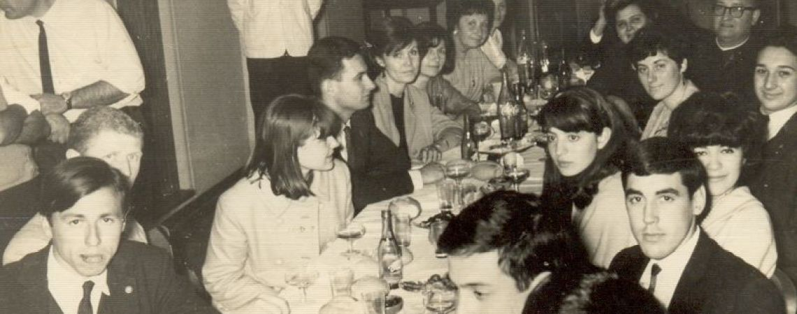 Reunión con amigos. 1969