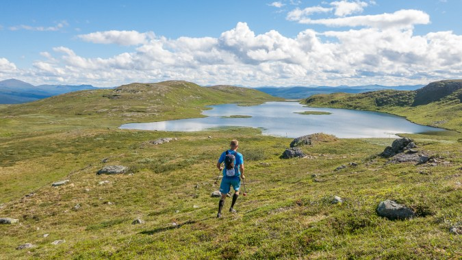 On our way to the second checkpoint located 900 m a.s.l. Photo: Mattias Nyström