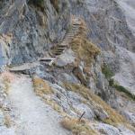Steig durch eine Felswand