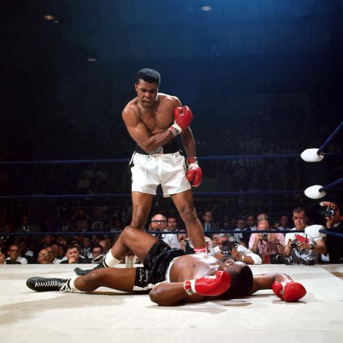 Neil Leifer - Muhammad Ali knocks out Sonny Liston