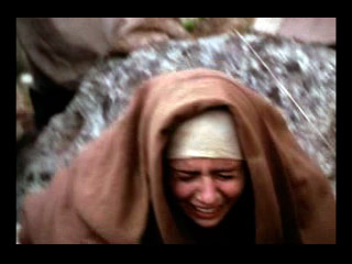 Jesús consuela a las piadosas mujeres.