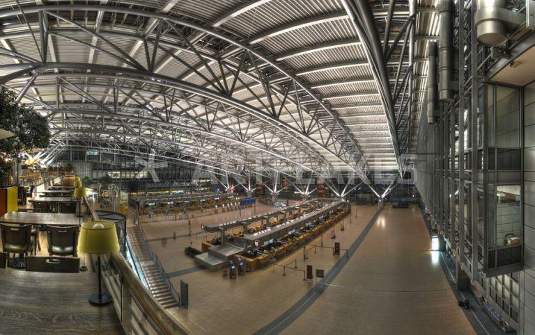 Flughafen Hamburg - Benyamon | Artflakes