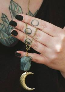 moon tattoos: moon phases on fingers