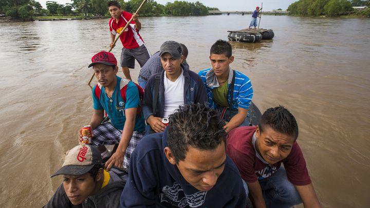 floating-immigrants