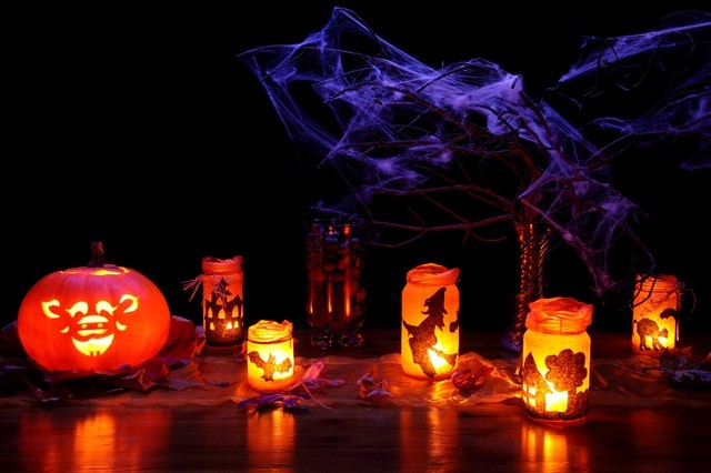 Halloween party candles