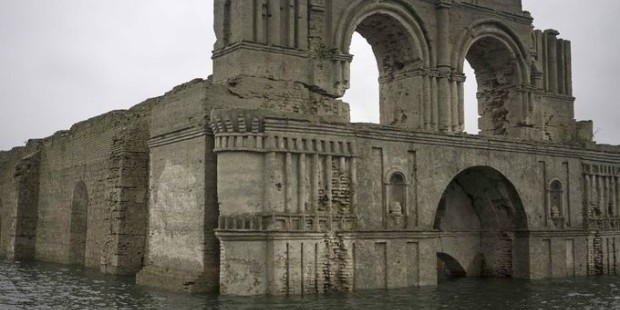 Drought Allows Mexican Temple of Santiago to Reappear