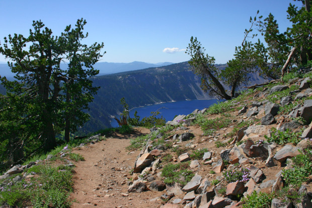 bicycle routes: Crater Lake Loop at Crater Lake National Park