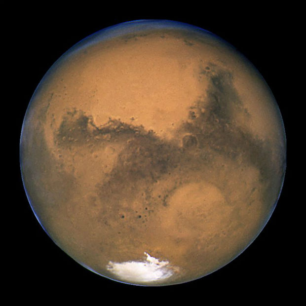 martian agriculture: Mars through the Hubble telescope
