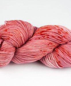 Laine teinte à la main (fingering) - Touski - Daiquiri aux fraises