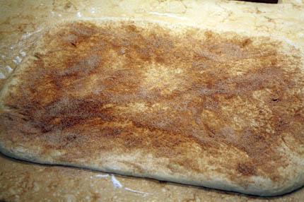 cinnamon-swirl-bread01