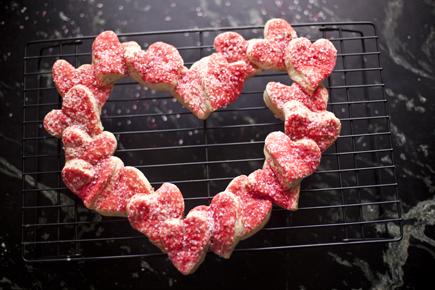 Heart bread 07
