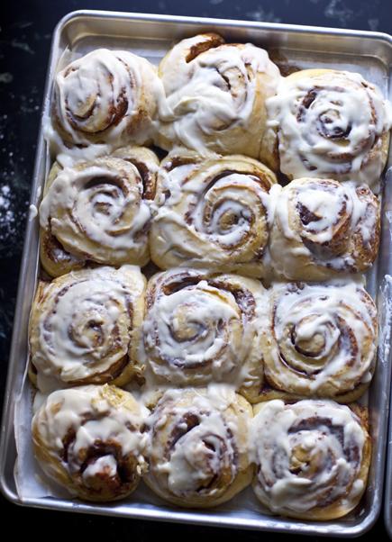 cinnamon rolls 14