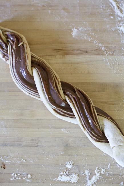 crock pot swirl bread 06