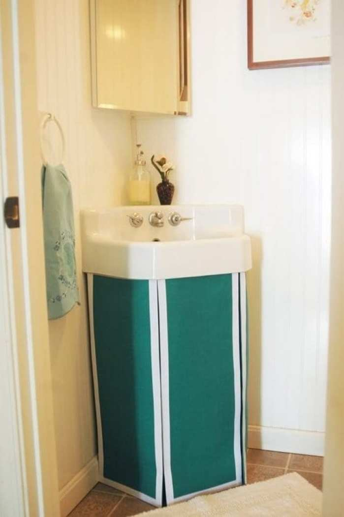 DIY Projects To Make Your Rental Home Look More Expensive-sink skirt