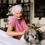 Peggy Guggenheim's Descendants Sue Foundation Over What They've Done To Her Venice Palazzo