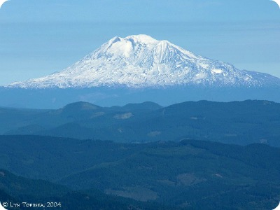 mount_adams_from_larch_mountain_2004