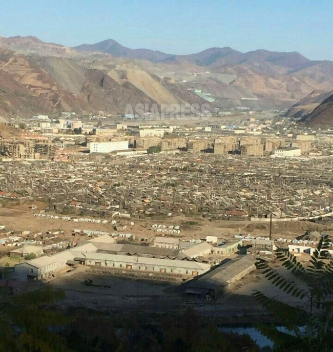 Central area of Musan County. Remotely viewed mine of iron ore (ASIAPRESS)