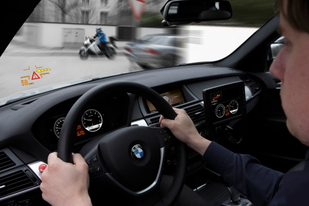 BMW & Volkswagen Bring Smart Traffic Systems and Vehicle Interconnection to Motorcycles BMW Volkswagen ACTIV 3 635x423
