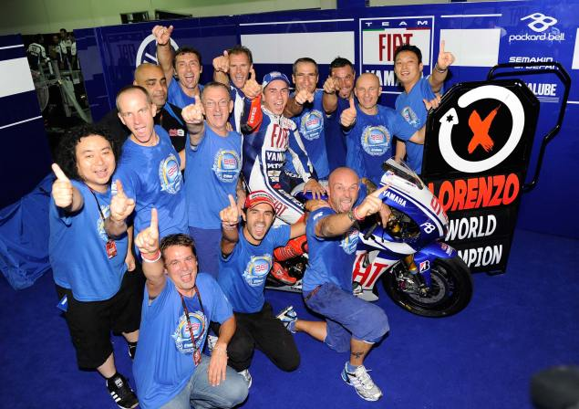 What Do You Tweet When You Win the FIM MotoGP World Championship? Jorge Lorenzo MotoGP World Champion 635x448