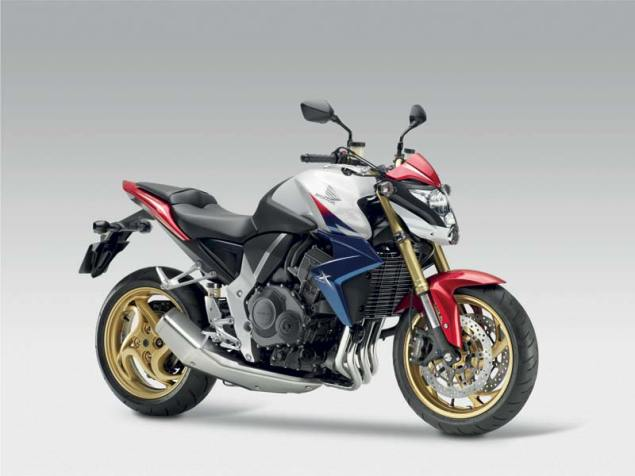 2011 Honda CB1000R   Paint Thats Too Cool for the USA 2011 Honda CB1000R 5 635x476