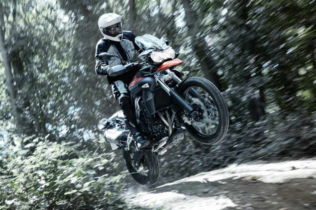 Triumph Tiger 800 Pricing Announced for the USA 2011 triumph tiger 800 action 5 635x422