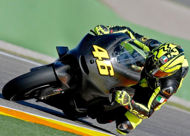 First Shots of Valentino Rossi on the Ducati Valentino Rossi Ducati MotoGP test Valencia 635x455