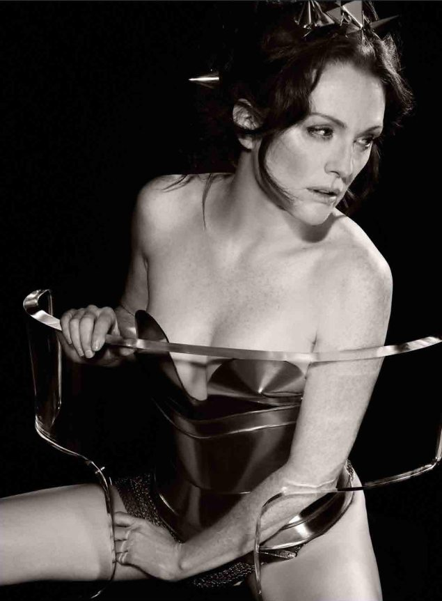 The 2011 Pirelli Calendar is All Greek To Us 2011 Pirelli Calendar 635x863