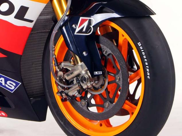 2011 Honda RC212V   Not All Bikes Are Created Equally 2011 Repsol Honda HRC RC212V 11 635x476