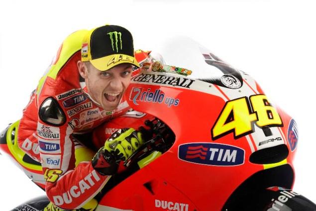 Ducati Desmosedici GP11   Christmas Comes Late in Italy Valentino Rossi Scream Ducati Desmosedici GP11 635x423