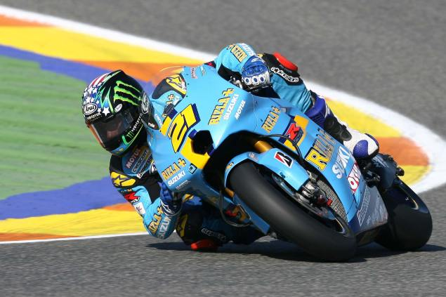 Hopper Testing at Qatar with Rizla Suzuki John Hopkins Rizla Suzuki 635x423
