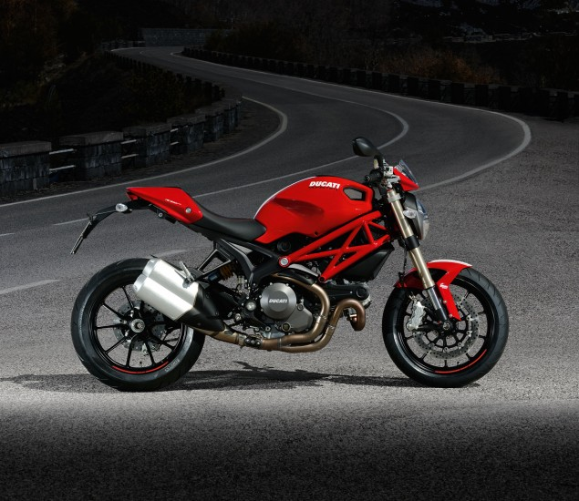 Ducati Monster 1100 EVO Photos and Video Ducati Monster 1100 EVO 635x550